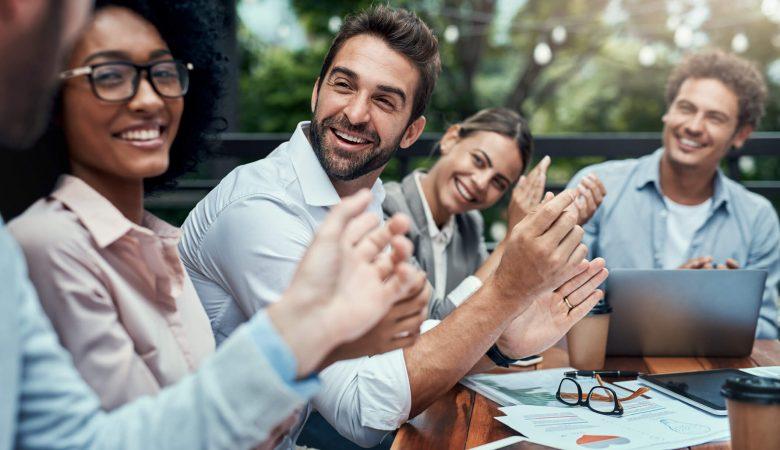 Quais eventos corporativos podem engajar participantes?
