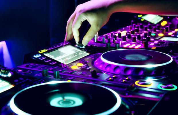 Resultado de imagem para DJ para eventos