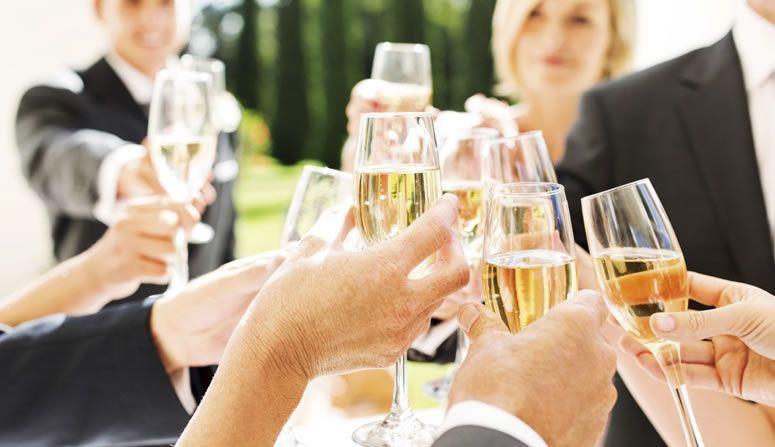 Resultado de imagem para Dicas para saber escolher as bebidas para um evento