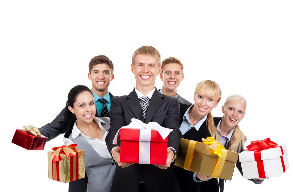6 dicas de etiqueta para festas de trabalho