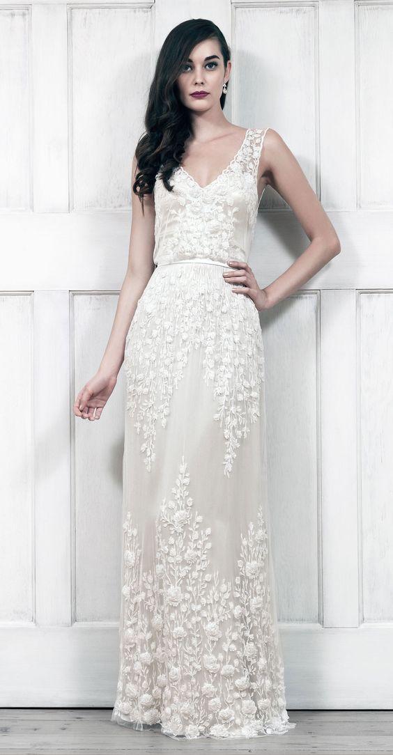 Modelo longo de vestido de noiva