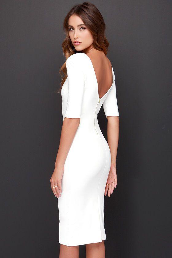 Vestido de noiva liso e clássico