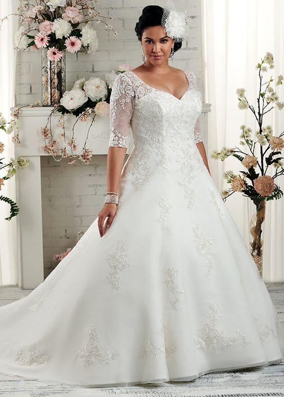 Decote V em vestido de noiva para gordinhas