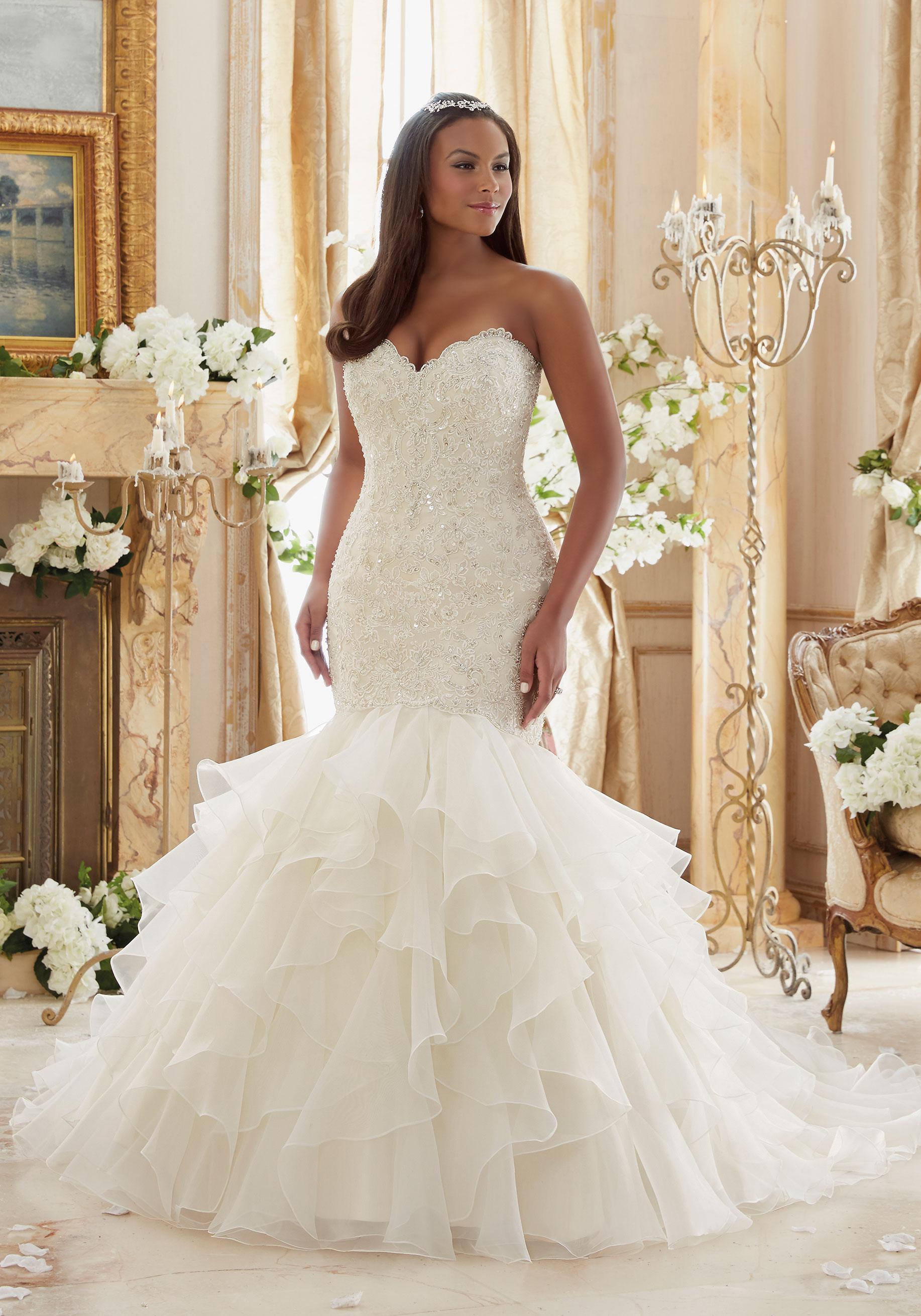 Vestido de casamento plus size tomara-que-caia
