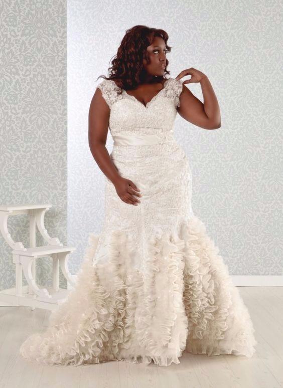 Noiva com vestido de casamento sereia