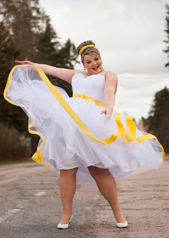Vestido de noiva curto para mulheres plus size