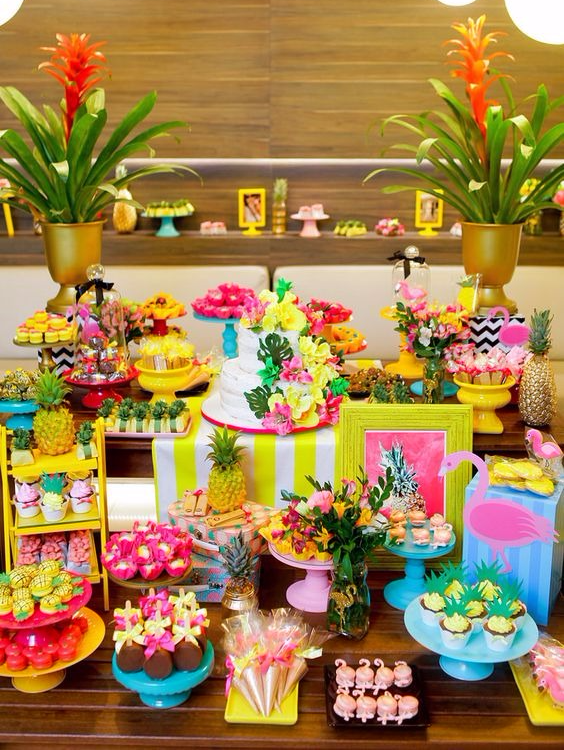 Tema tropical para festa infantil