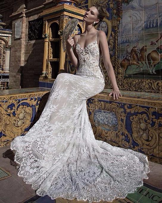 Vestido de noiva sequinho