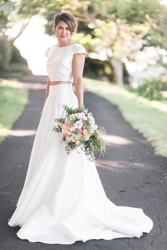 Vestido de noiva clássico crop top