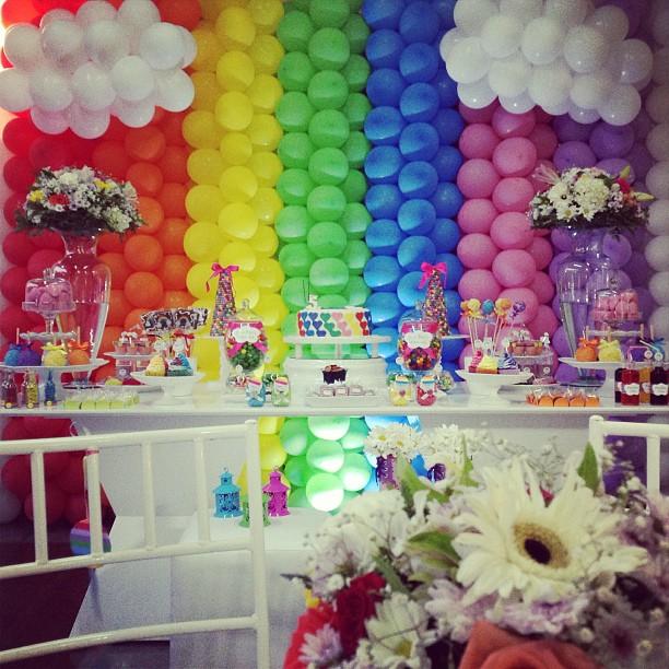 Temas de festas incríveis: arco-íris