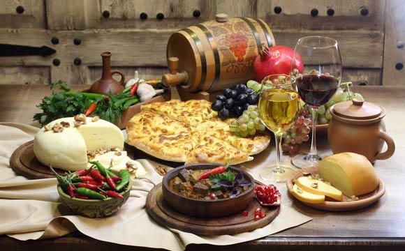 Ideias de mesas de queijos e vinhos