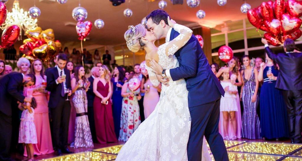 Ideias para cerimônia: casamento balada