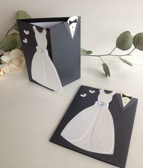 convite parecendo o traje de casamento