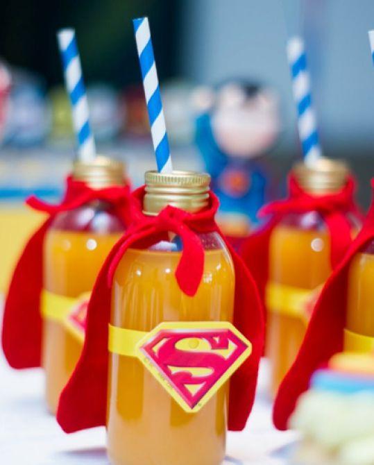 Garrafinhas do Super-Homem