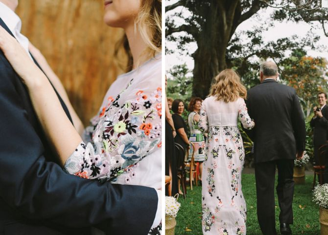 Vestido de Noiva Floral Bordado