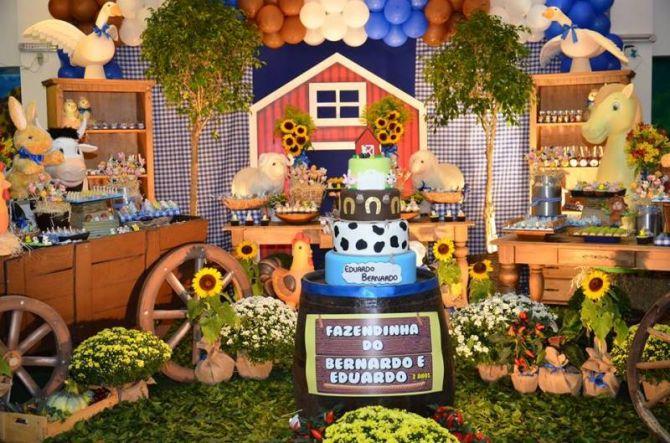 Festa infantil com decoração de fazendinha