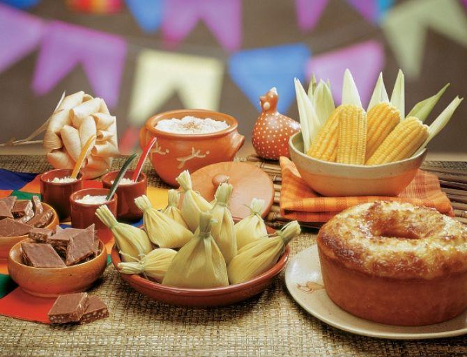 utensílios de barro para servir comidas da festa junina