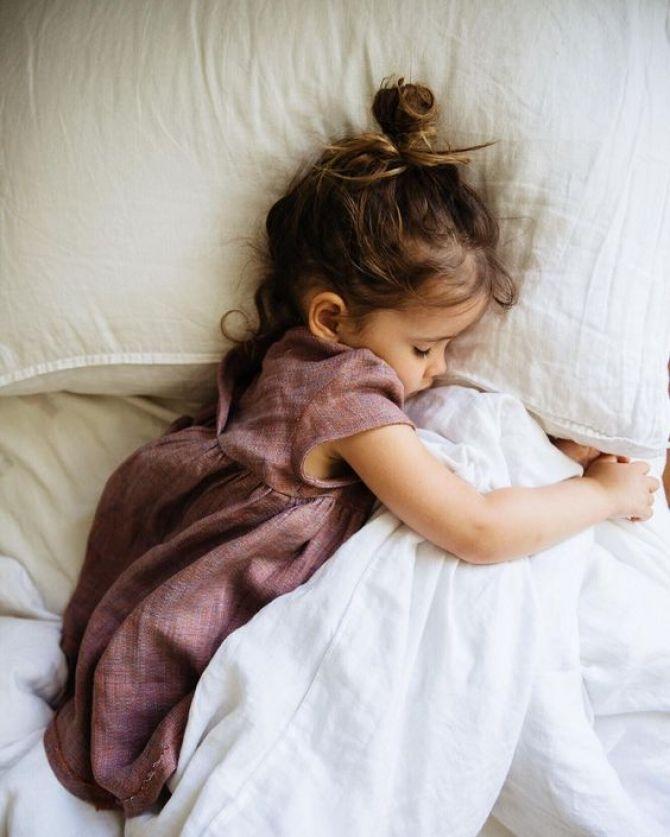 não respeitar a hora da soneca é um erro a ser evitado na festa infantil