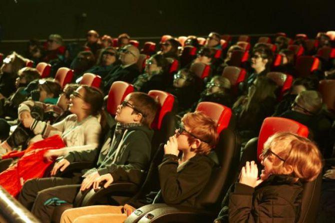 Redes de cinema oferecem opções para aniversariantes