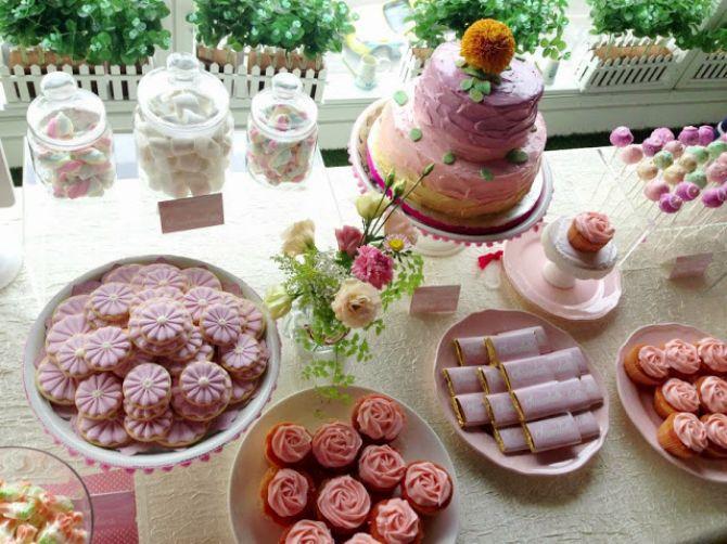 mesa-decorada-cha-apresentacao