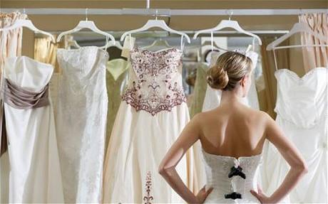 Resultado de imagem para 9 dicas especiais para escolher o melhor vestido de casamento
