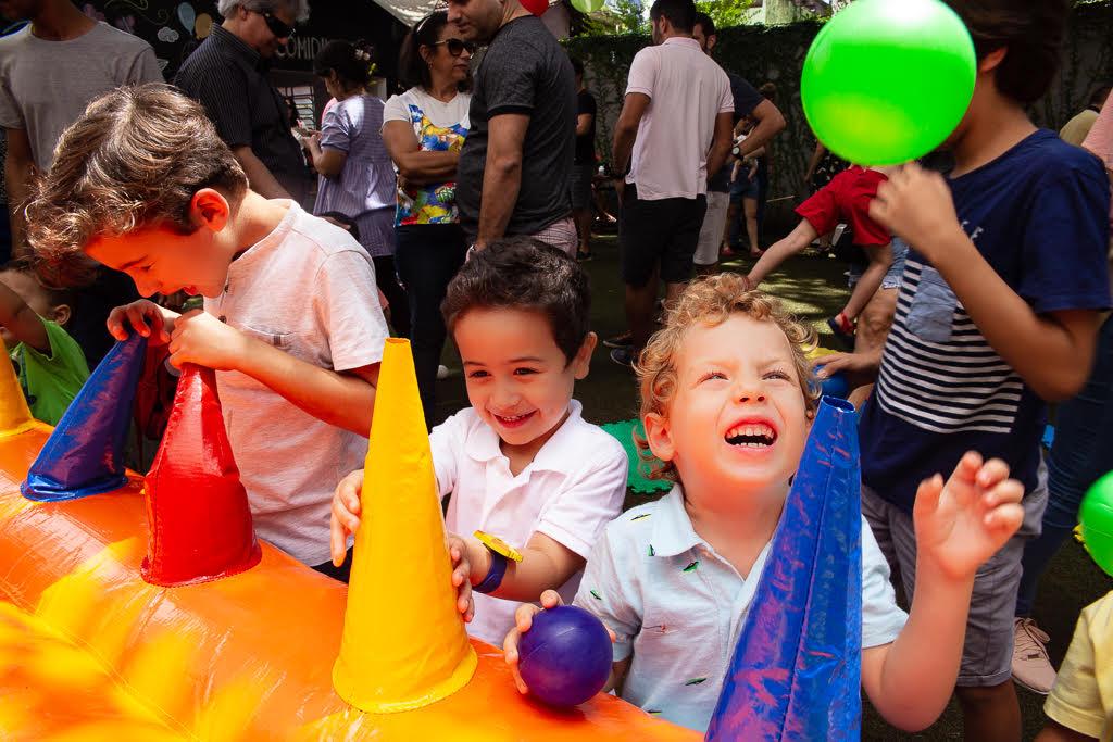 Como gerar lucro com eventos simultâneos para pais e filhos?