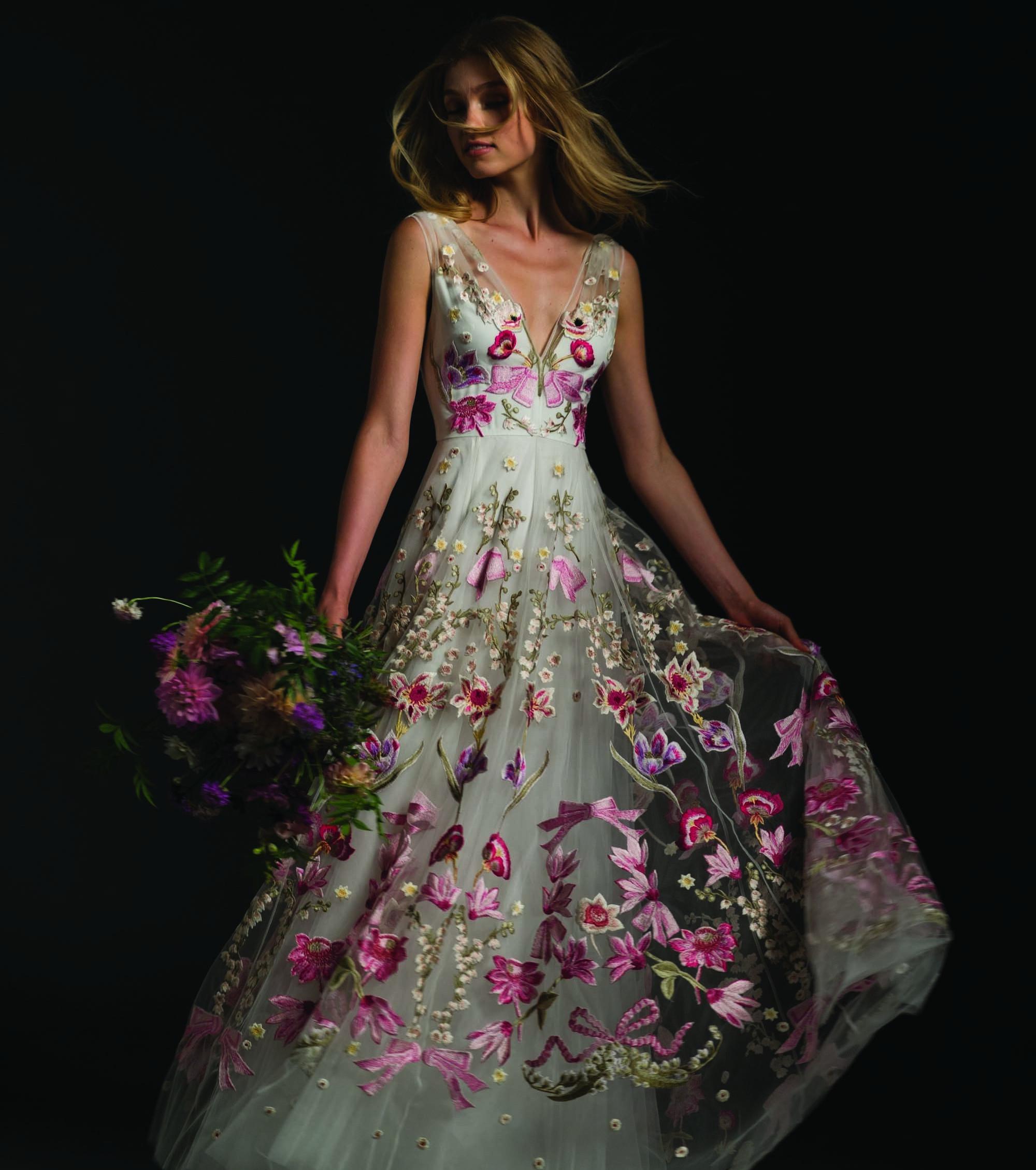 8 vestidos de noiva ousados que você precisa conhecer