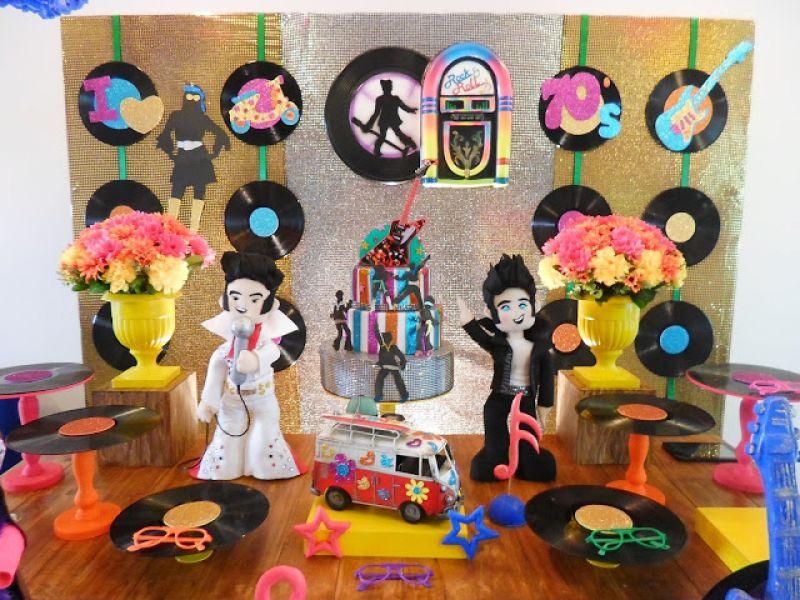 Festas personalizadas viviane iamauti organizando eventos for Mobilia anos 60